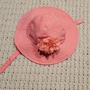 Carter's baby girl summer hat. Sz 0-9 mo
